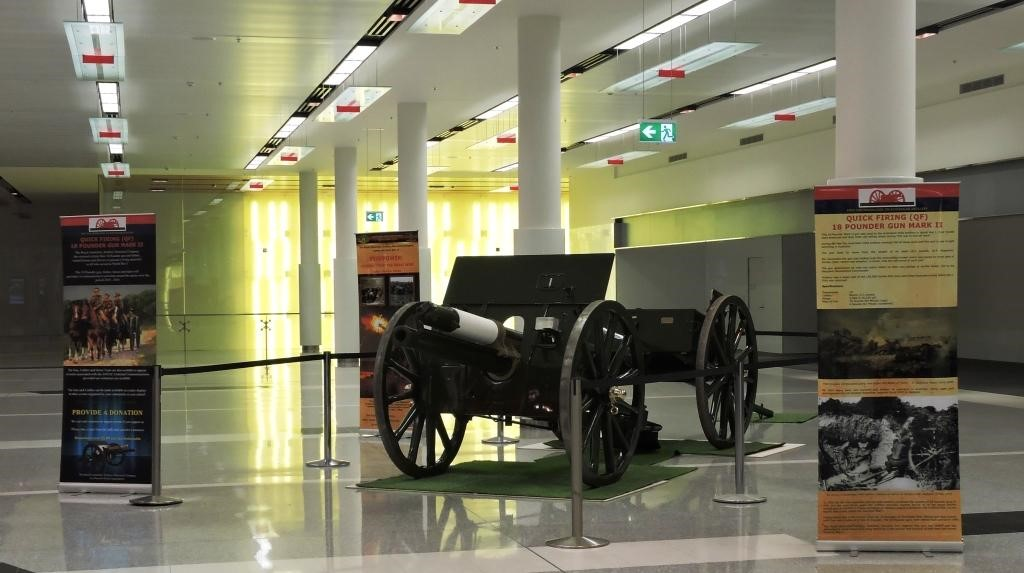 18 Pounder Canberra Airport